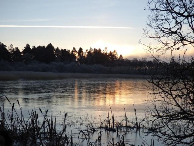 Icy Loch Davan